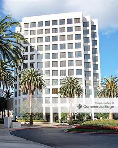 Jamboree Center - 2 Park Plaza - Irvine