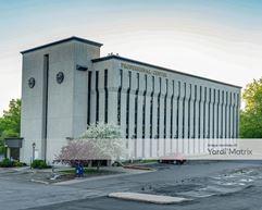 Hazelwood Professional Center - Maplewood