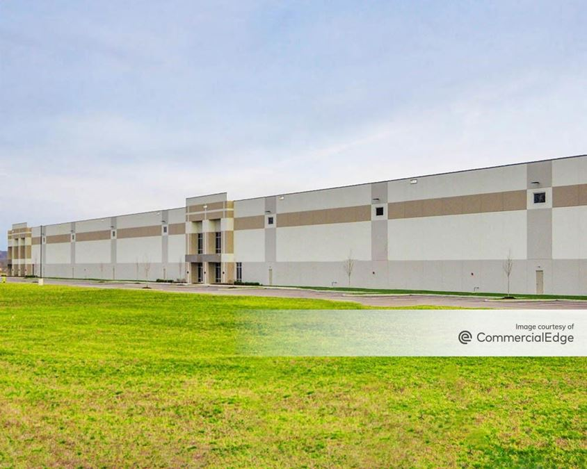 Fairfield Logistics Center - 7940 Seward Road