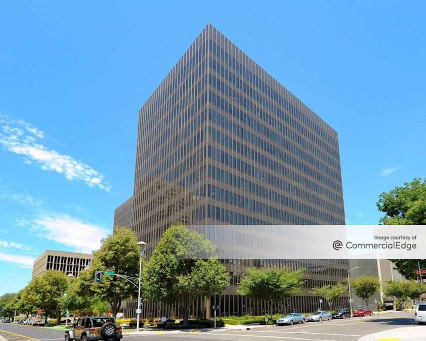 Plaza 555