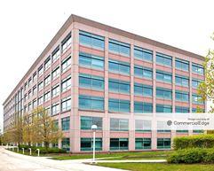 AT&T Business Park - Hoffman Estates