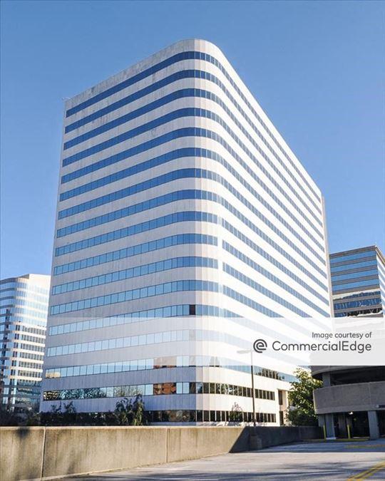 Atlanta Galleria Office Park - Galleria 100