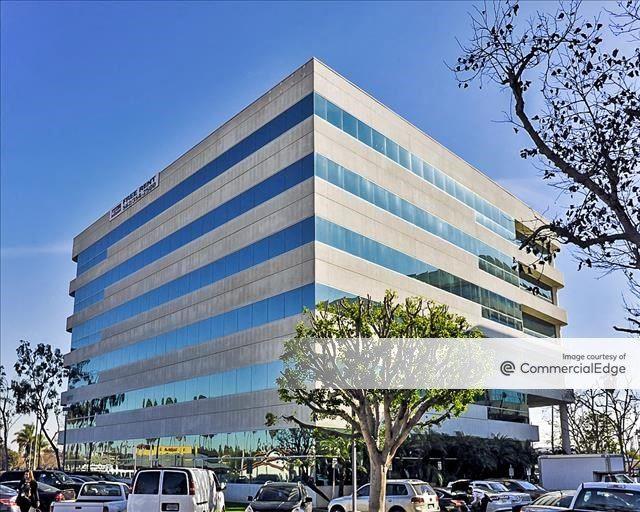 Circle Business Center