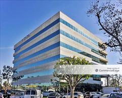 Circle Business Center - Long Beach