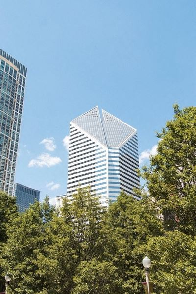 Office Freedom | 150 North Michigan Ave