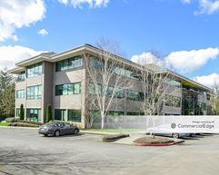Kruse Woods Corporate Park - 4004 Kruse Way - Lake Oswego