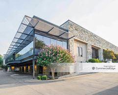 The Highlander Office Building - Carrollton