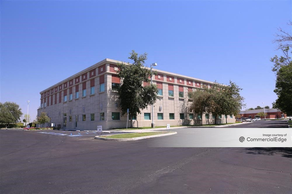 River Walk II Medical Plaza