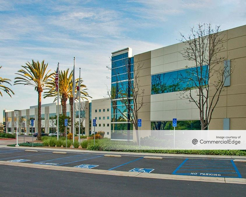 The Campus at Sorrento Gateway - 5005 Wateridge Vista Drive