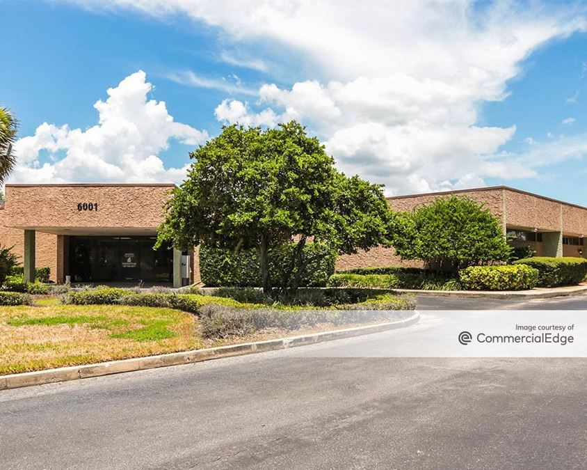 Studio Plaza & Brookwood Medical Plaza