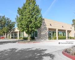Arrow Point Business Park - Cedar Park