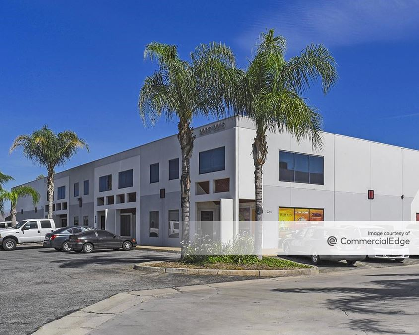 Russell Street Business Center