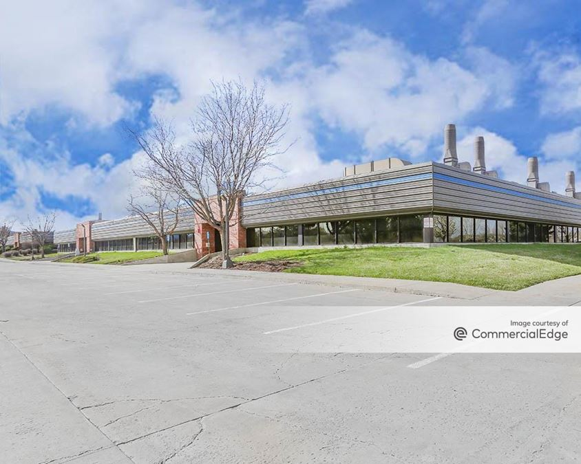 The Campus at Longmont - 2605 Trade Centre Avenue