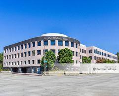 The Walnut Plaza - Pasadena
