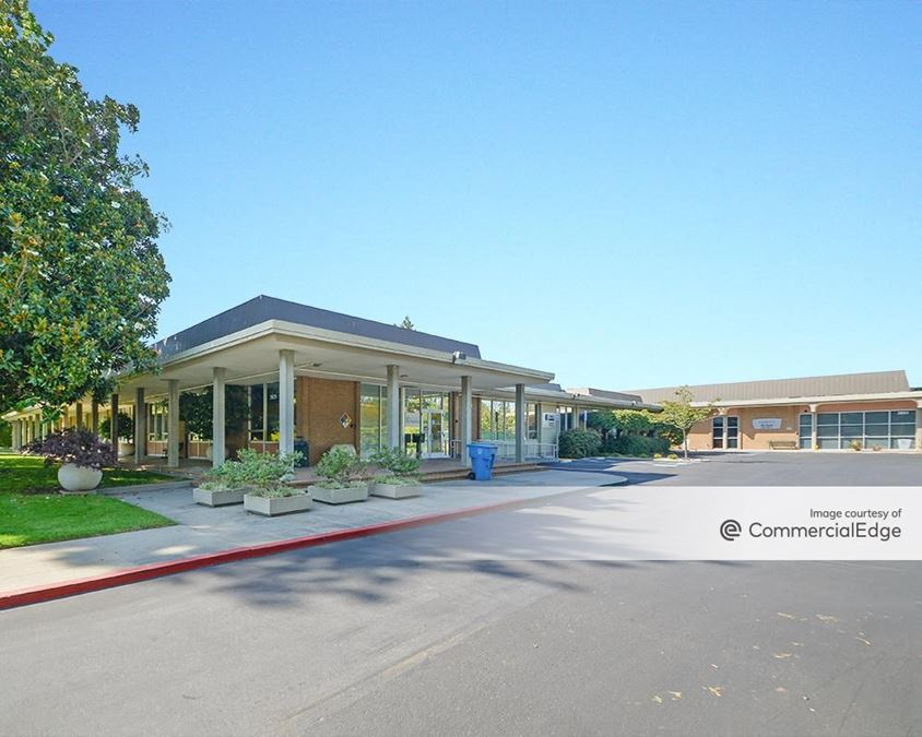 Stanford Research Park - 2625, 2627 & 2631 Hanover Street