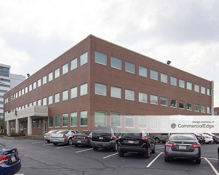 Parkway Center - Buildings 2, 9 & 10