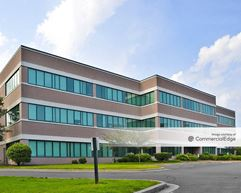 Wildewood Professional & Technology Park - Holly III - California
