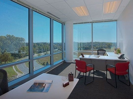 Office Freedom | 3102 West End Ave