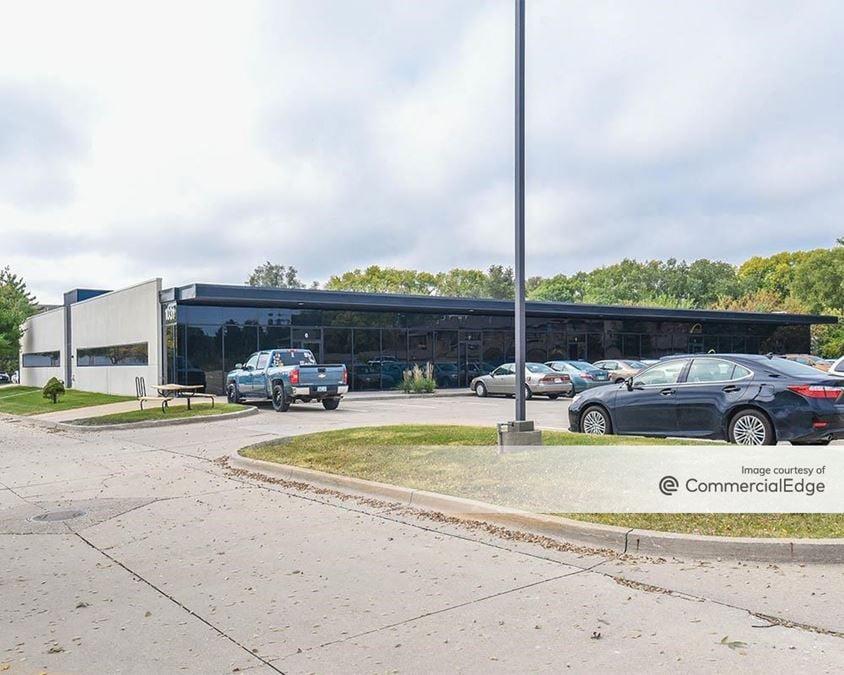 Midtown Office Park - 1011 & 1031 Office Park Road
