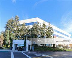 Wateridge - 5105, 5100 & 5110 West Goldleaf Circle - Los Angeles