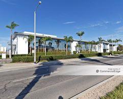 Airport Commerce Center - Oxnard