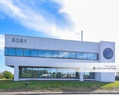 5051 New Centre Drive - Wilmington