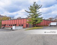 Plum Industrial Court - Buildings 100, 200 & 300 - Pittsburgh