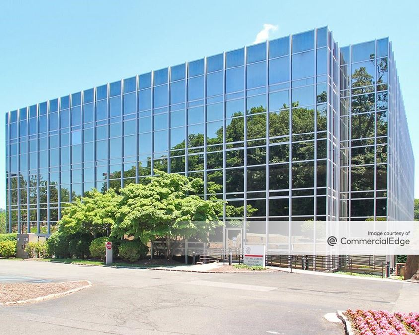 The Exchange - 1025 Westchester Avenue