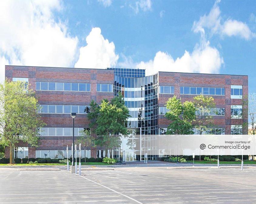 Bluemound Office Plaza