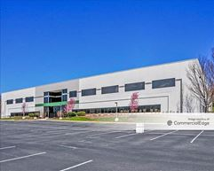 TransDulles Center - 22800 Davis Drive - Sterling