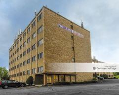 Vernon Professional Building - Vernon Rockville