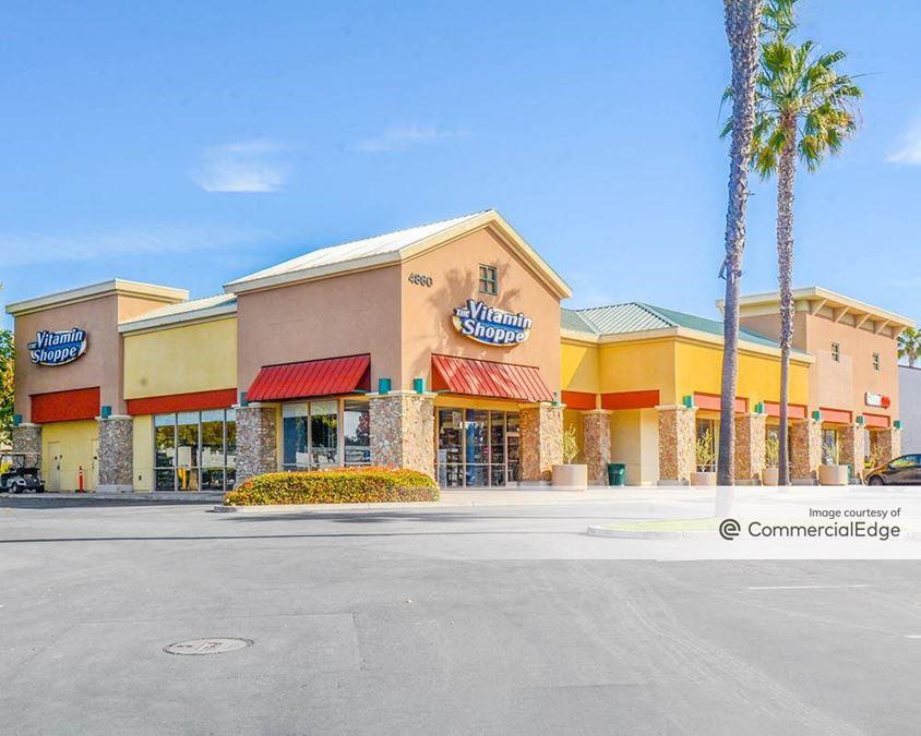 Ventura Riviera Plaza