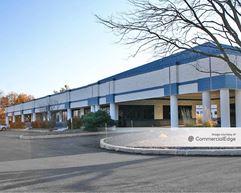 Rossmoyne Business Center - Buildings 50 & 51 - Mechanicsburg
