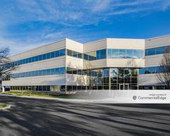 Pennsylvania Business Campus - 240 Gibraltar Road - Horsham