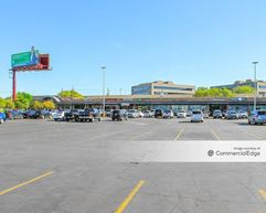 Balcones Woods Shopping Center - Austin