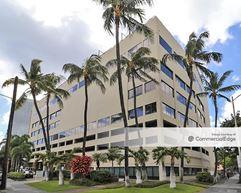 Honolulu Club - Honolulu