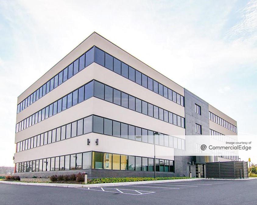 Executive Park West V