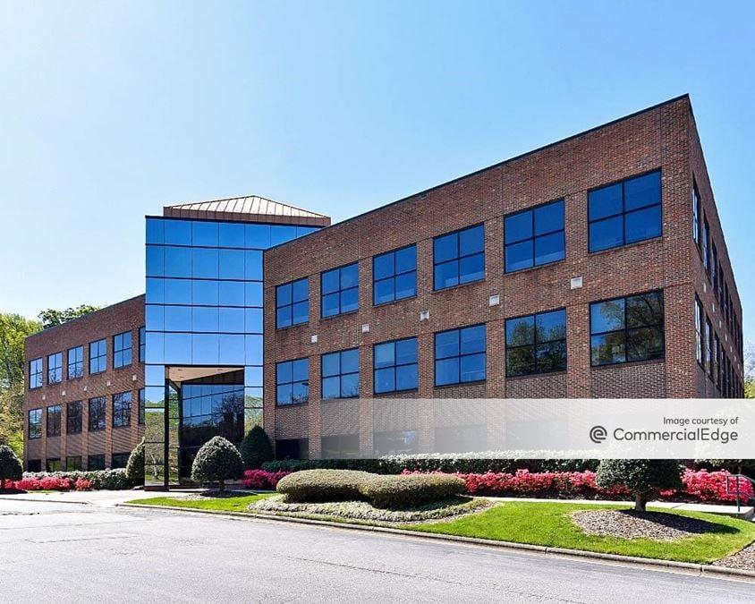 West Market Office Park - 3511 & 3515 West Market Street