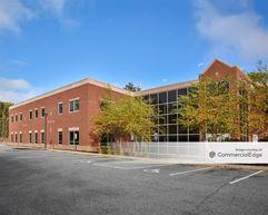 81 Medical Center Drive - Brunswick
