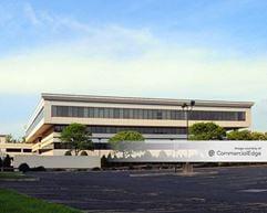 Paramus Corporate Center - Paramus