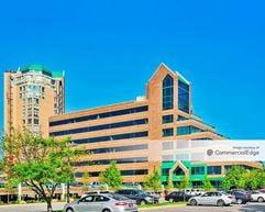Edinborough Corporate Center - Edina