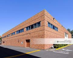 Tuality Health Education Center & 8th Avenue Medical Plaza - Hillsboro