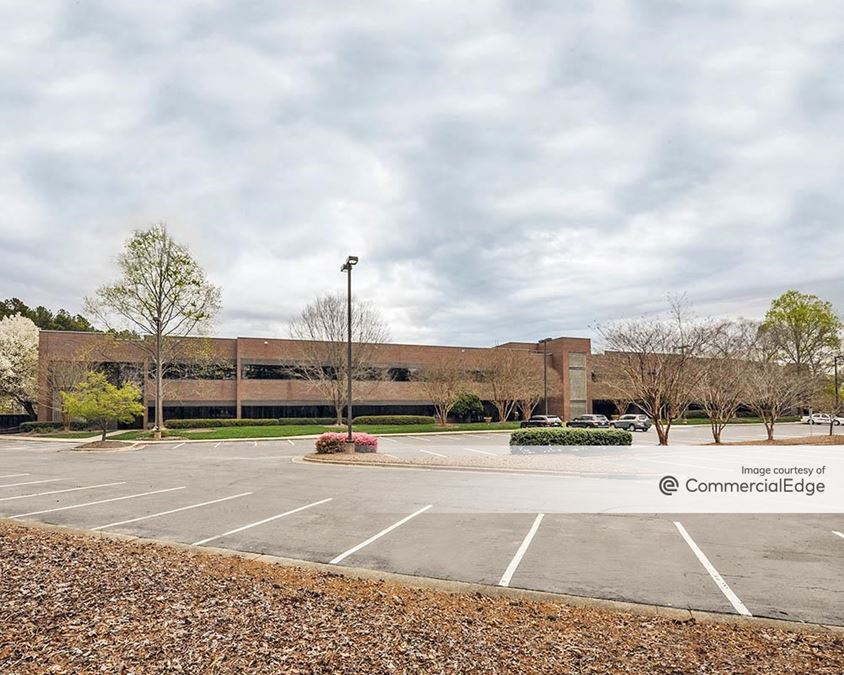Triangle Business Center - Building 7