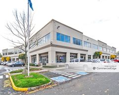 Gateway Corporate Center - Building 10 - Tukwila