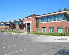 Farmington Medical Arts Center - 11 & 21 South Road - Farmington