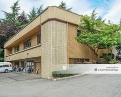 North Park Business Center - Bellevue