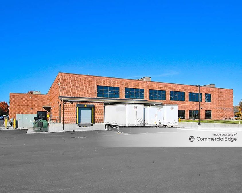 Iron Run Corporate Center - 7360 Windsor Drive