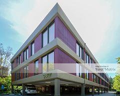 Desco Plaza II - Lafayette