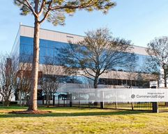 12000 Aerospace Avenue - Houston