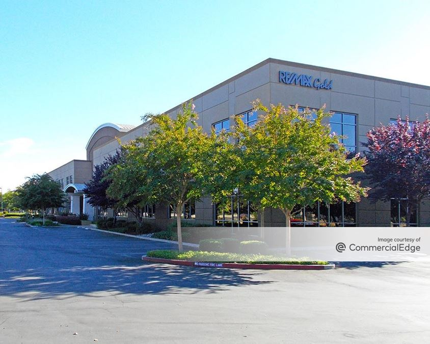 Laguna Gateway Center - 9280 West Stockton Blvd
